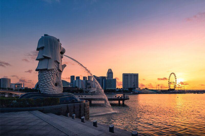 Singapura dengan patung kepala singa