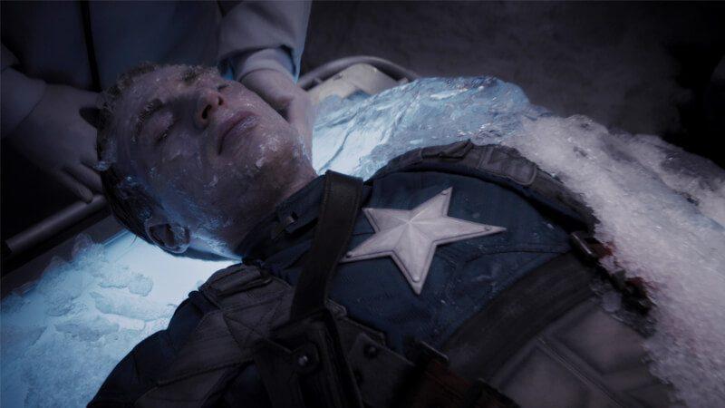Captain America membeku dalam es