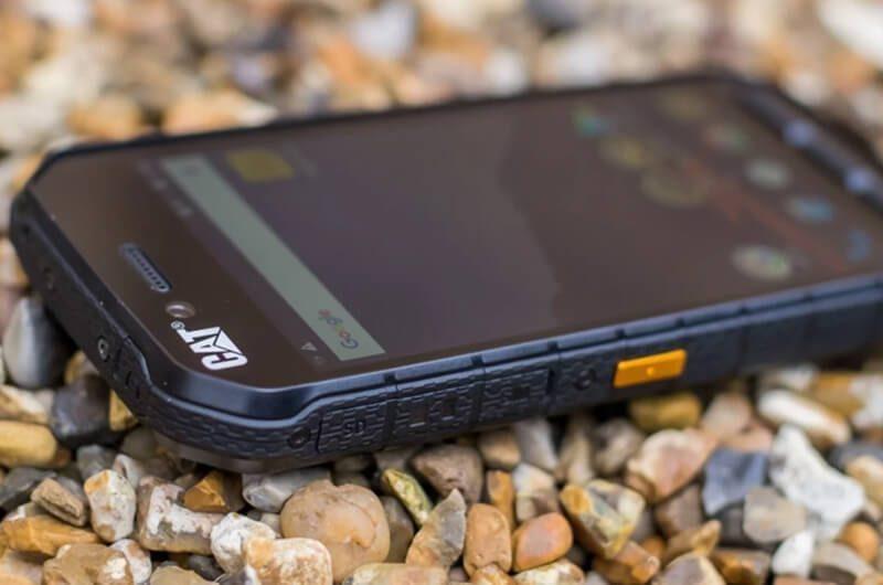 Handphone tahan benturan dan goresan. image by techadvisor.co.uk