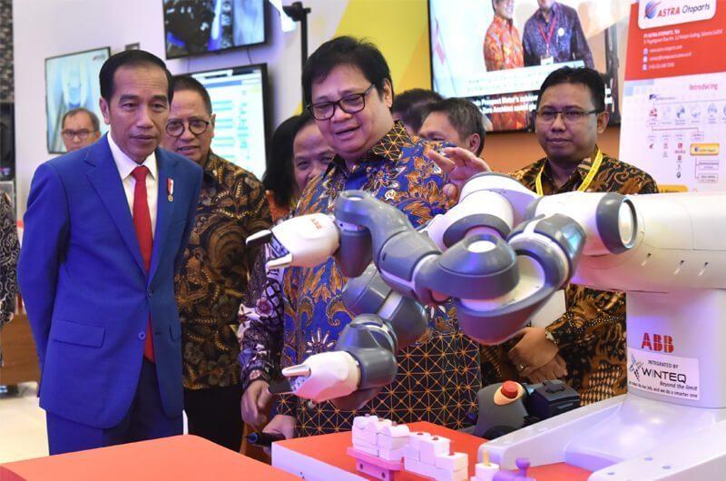 Presiden Jokowi Meluncurkan Program Making Indonesia 4.0